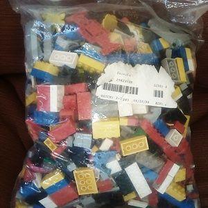 6 pounds of legos